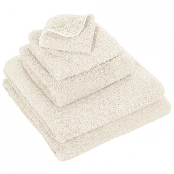 Abyss & Habid. Handdoek Super Pile, Ivoor
