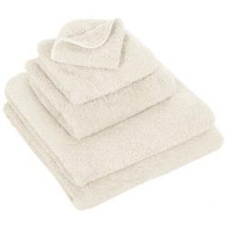 Abyss & Habid. Handdoek Super Pile, Ivoor (103)